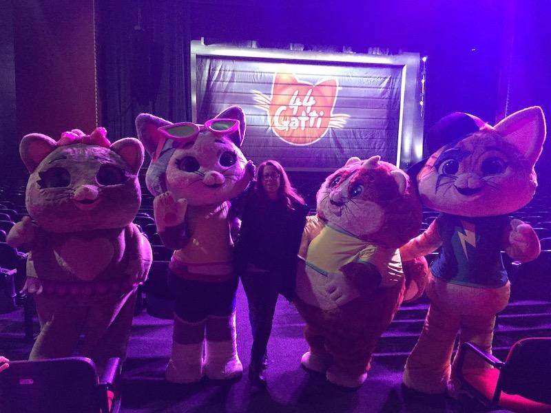 44 Gatti Live Show Rainbow Bari