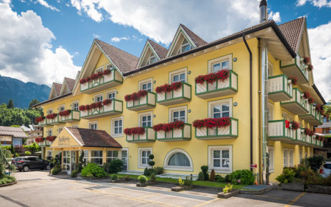 speciale Estate 2020 - AlpHoliday Dolomiti Wellness & Fun Hotel - DA 0 A 14